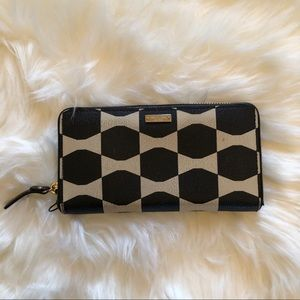 Kate spade bow accordion wallet